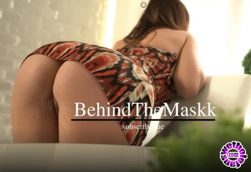PornHub - BehindTheMaskk - Hot Milf In My Living Room Strip And Ride On My Big Cock (FullHD/1080p/360 MB)