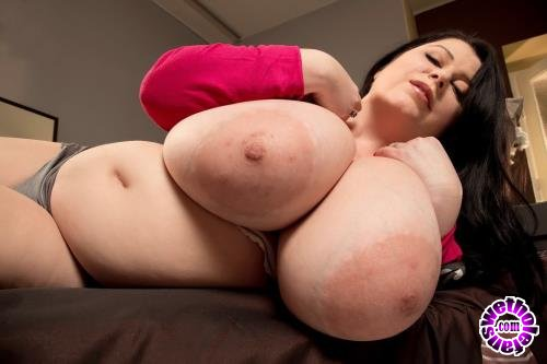 ScoreHD - Natalie Fiore - Returning With Bigger Tits! (HD/720p/323 MB)