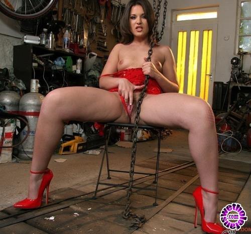 DominatedGirls/21Sextury - Hadjara - Personal Slave (FullHD/1080p/2.59 GB)