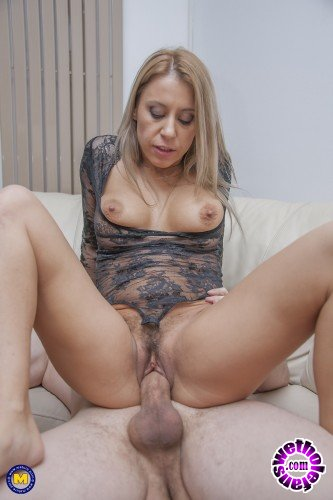 Mature - Nadina (32) - This steamy hot mom is in need for a big hard cock to fuck her hard and long (FullHD/1080p/2.12 GB)
