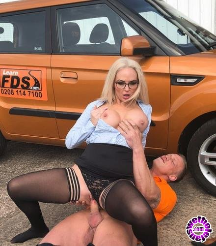 Fakedrivingschool - Louise Lee - Finger Blasting Squirting Orgasms (2019/FullHD/1080p/)
