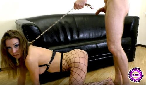 PornHubPremium - Mia Bandini - Submissive anal slut gets ass to mouth fucked on a leash (FullHD/1080p/661 MB)