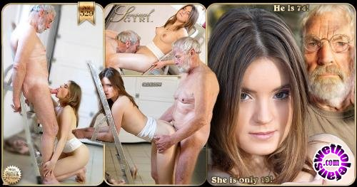 Oldje - Evelina Darling - Young Mechanical Desires with Evelina Darling (FullHD/1080p/997 MB)