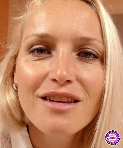 Clips4sale - Kathia Nobili - You cant find better exchange for your porn movies then to fucking your mother!!! (HD/720p/712 MB)