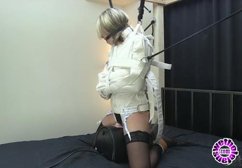 FetishPros - Missy - Missy Straitjacketed on the Sybian (HD/720p/189 MB)